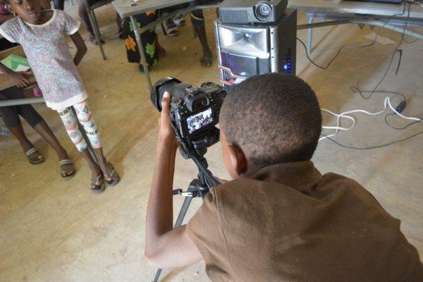 Formation vidéo au collège de Commune 2
