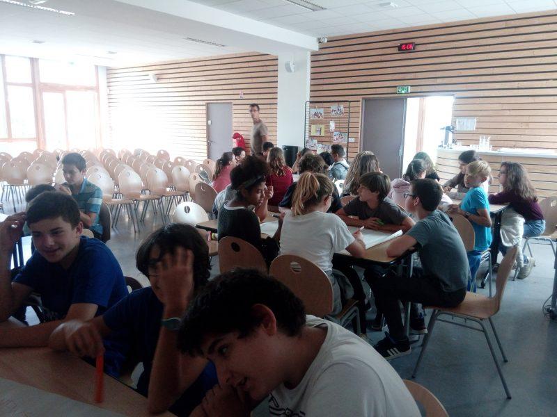 Atelier de passation entre les élèves