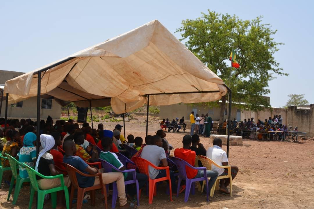 Restitution au collège de Tomboronkoto